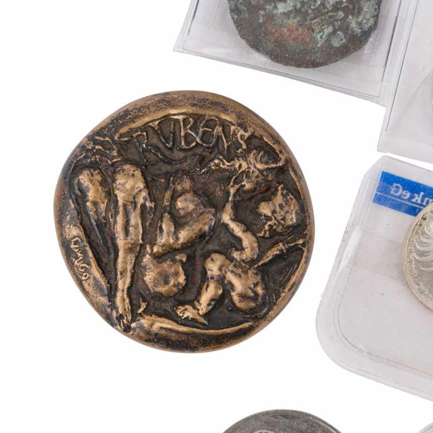 Treasure trove! - Strong small box, - photo 5