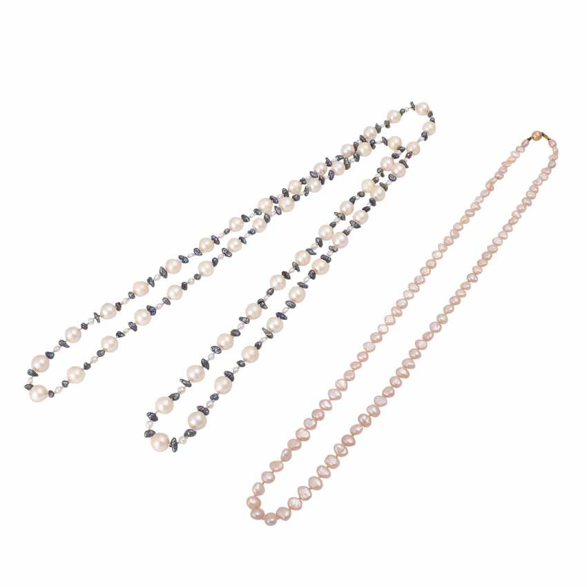 Group of 8 stone and pearl necklaces - photo 4
