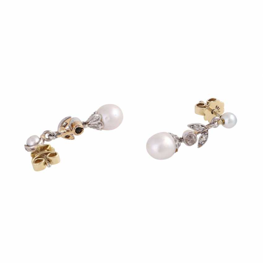 Floral Diamond Stud Earrings - photo 3