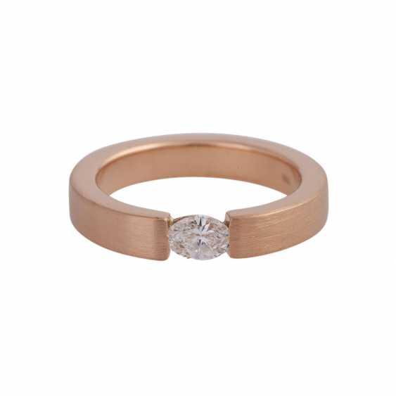 Ring mit Navette-Diamant ca. 0,25 ct, - photo 1