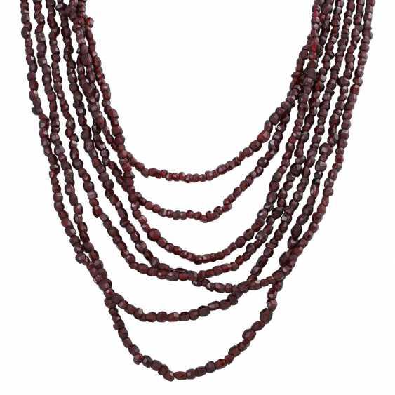 7-row garnet necklace - photo 2