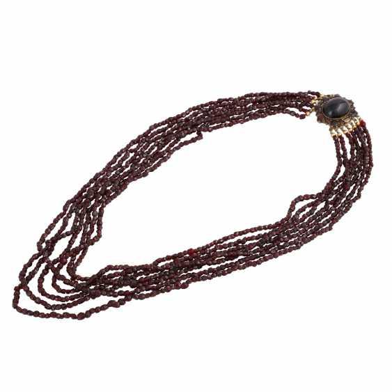 7-row garnet necklace - photo 3