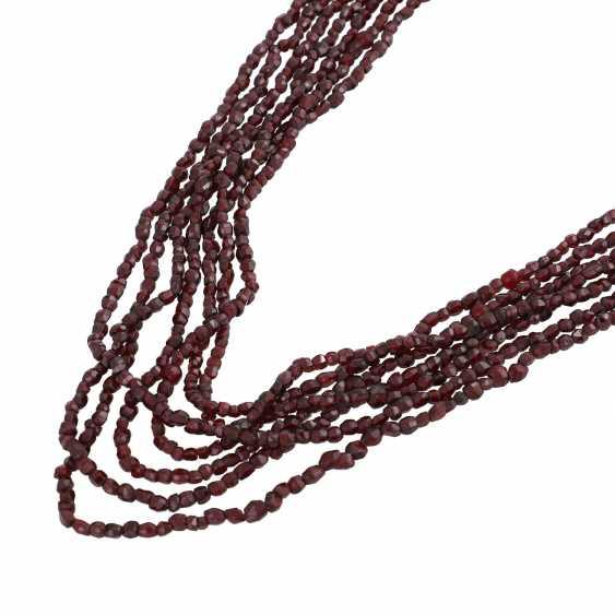 7-row garnet necklace - photo 4