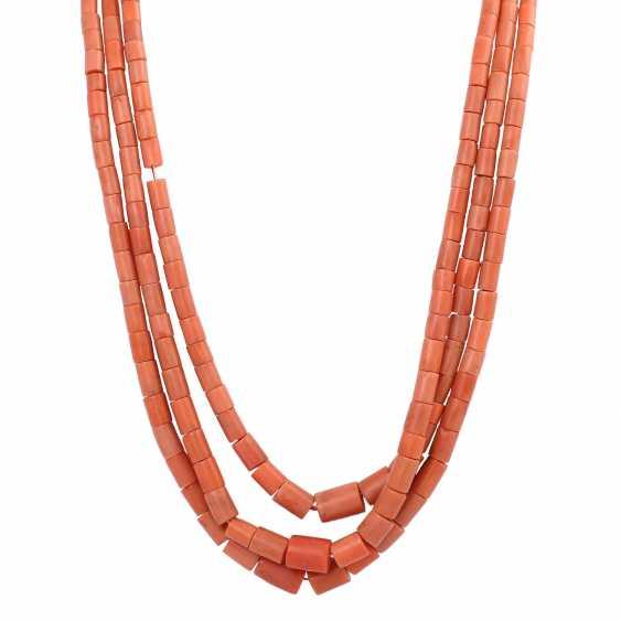 Three-Row Coral Necklace - photo 2