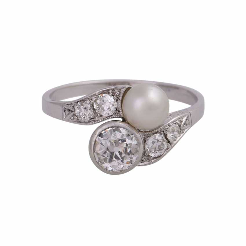Art Deco Ring with pearl and old European cut diamonds - photo 1