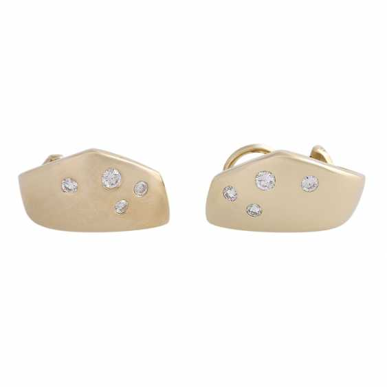 Stud earrings bes. with 8 brilliant-cut diamonds, approx 0.2 ct, - photo 2