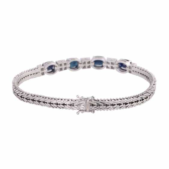 Bracelet with 4 oval fac. Sapphires, together CA. 3,6 ct - photo 2