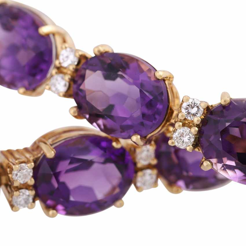 Bracelet with 15 oval fac. Amethysts, approx 35 ct., - photo 5