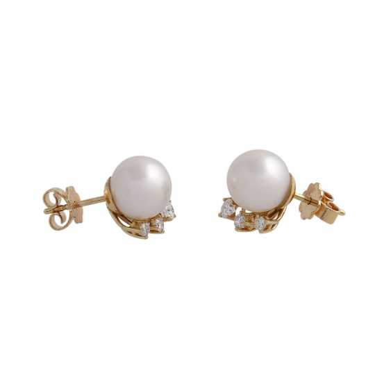 Stud earrings with 1 ultra-fine pearl, D: approximately 9.3 mm - photo 2