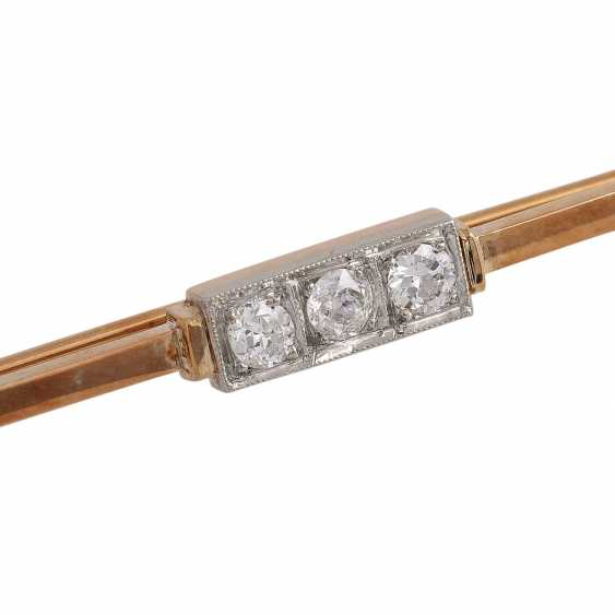 Bar brooch with 3 diamonds - photo 4