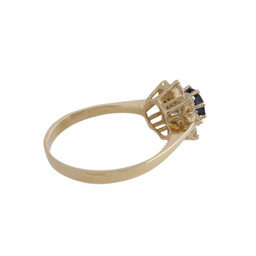 Ring with 1 fine sapphire, round fac., approx 1 ct, - photo 4