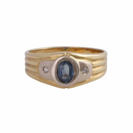 Sapphire ring with 2 imitation stones - photo 1