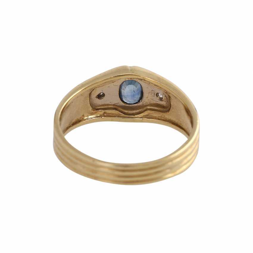 Sapphire ring with 2 imitation stones - photo 4
