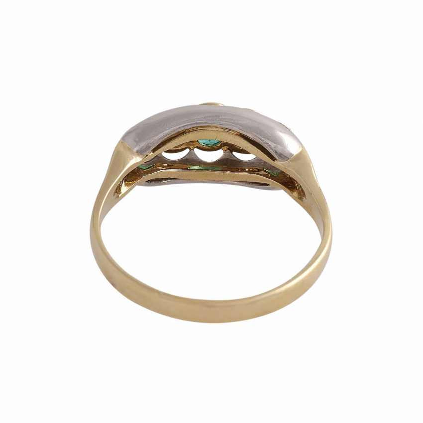Ring with 3 round fac. Emeralds of beautiful colour - photo 4