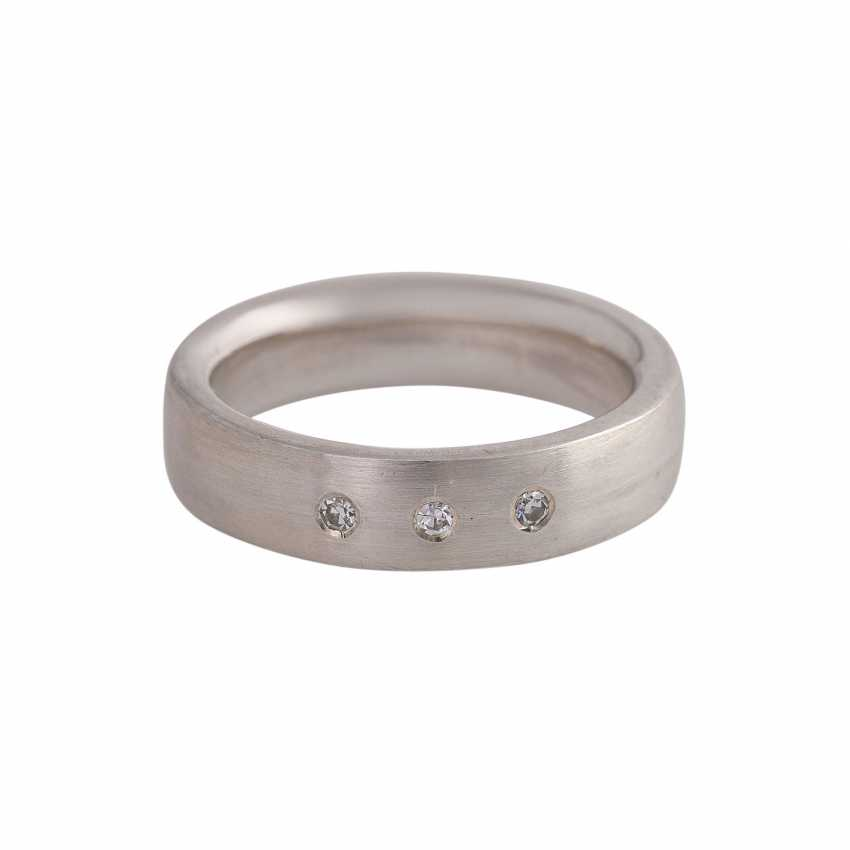 Ring with 3 octagonal diamonds, together approx 0.6 ct - photo 1