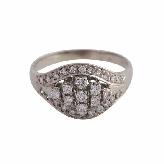 Ring-brilliant together approx 0.4 ct - photo 1