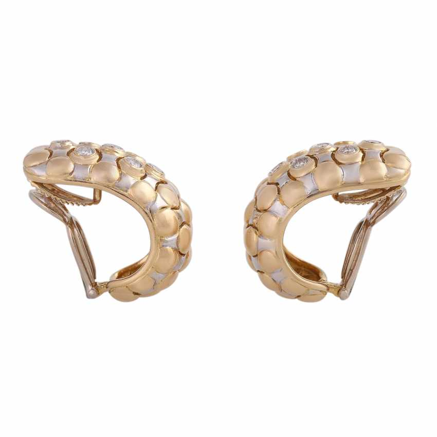 Clip-on earrings set with 14 brilliant-cut diamonds, together CA. 0,75 ct, - photo 2