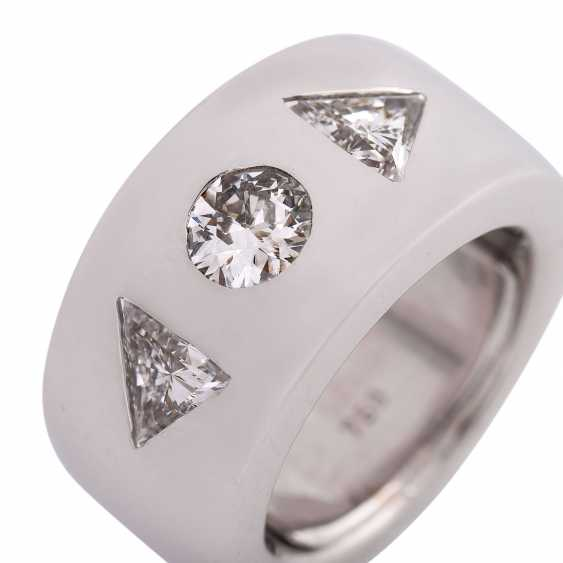 Ring with 3 diamonds, approximately 1.5 ct, - photo 5