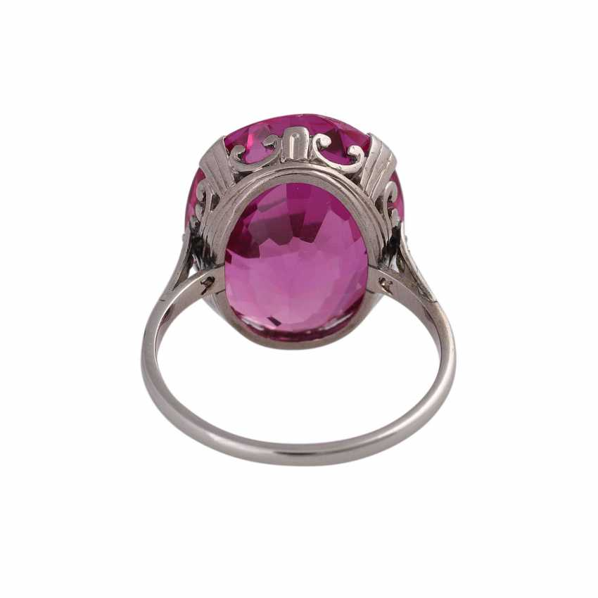Ring with synth. Sapphire, pink, faceted oval, min. spine - photo 4
