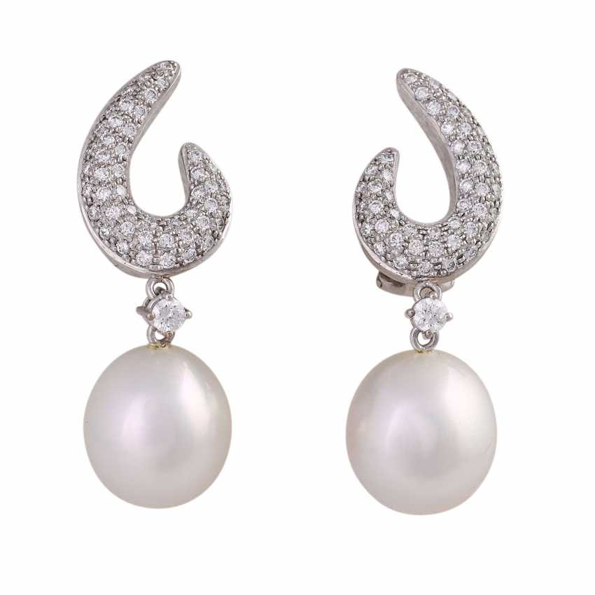 Clip-on earrings with 2 South sea cultured pearls and diamonds - photo 1