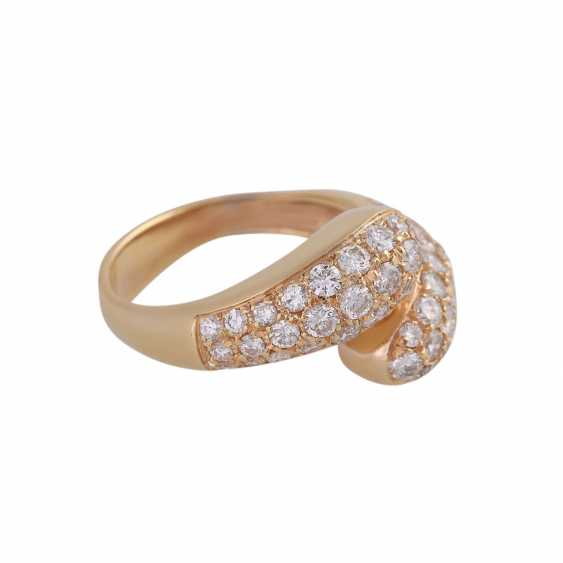 Ring studded with brilliant-cut diamonds, approximately 0.8 ct, - photo 2