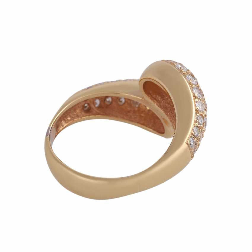 Ring studded with brilliant-cut diamonds, approximately 0.8 ct, - photo 3