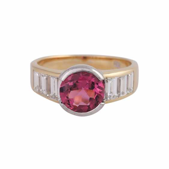 Ring with pink tourmaline, round fac., approximately 1.8 ct, - photo 1