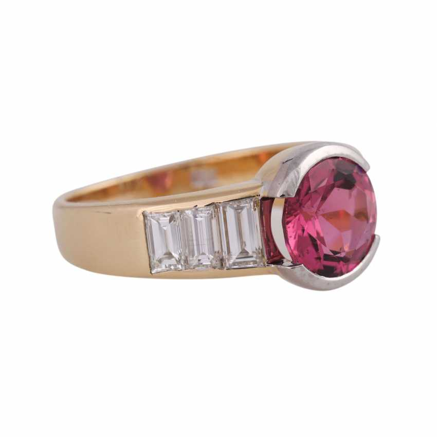 Ring with pink tourmaline, round fac., approximately 1.8 ct, - photo 2