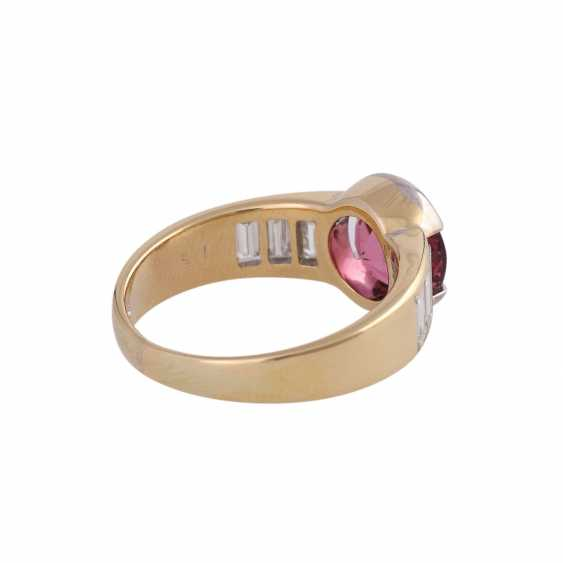 Ring with pink tourmaline, round fac., approximately 1.8 ct, - photo 3