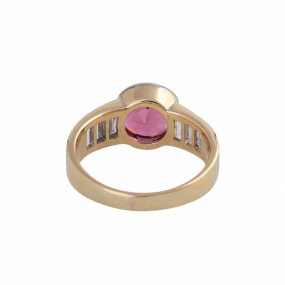 Ring with pink tourmaline, round fac., approximately 1.8 ct, - photo 4