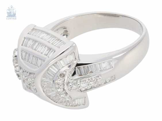 Ring: interesting and intricately crafted Designer diamond gold forged ring, 18K white gold and 1.55 ct diamonds, never worn - photo 2