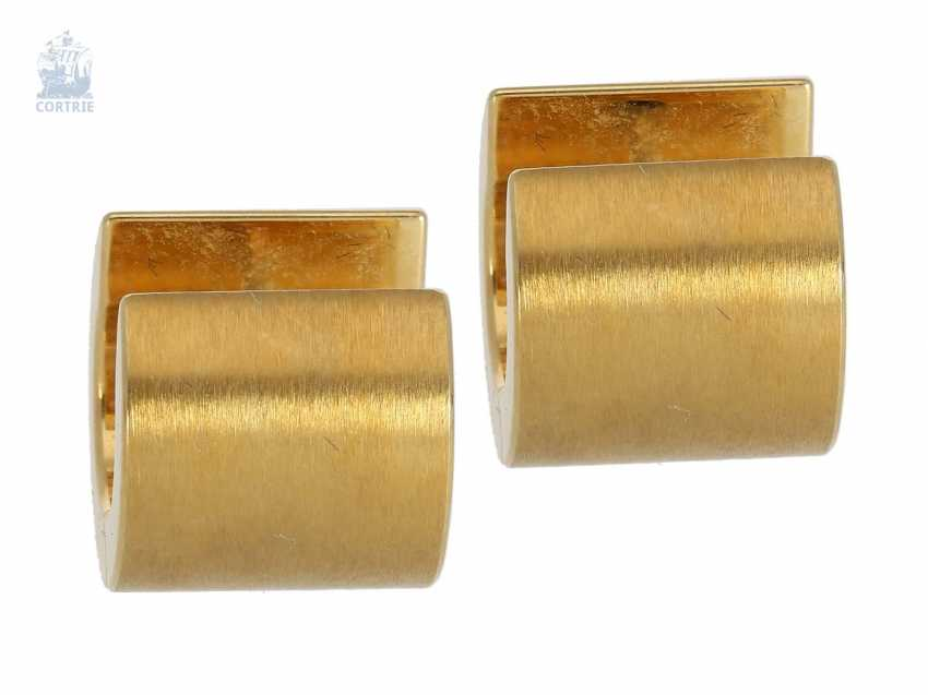 Earrings: modern, wide and very high-quality goldsmith's work in 18K Gold - photo 1