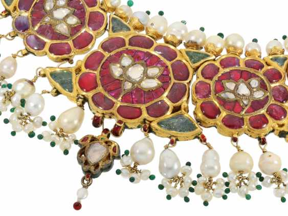 Chain/necklace: antique, very rare Indian wedding jewelry with fine rubies, pearls, emeralds and diamonds, the reverse enamelled side, probably 1.Half of the 20. Century. - photo 1