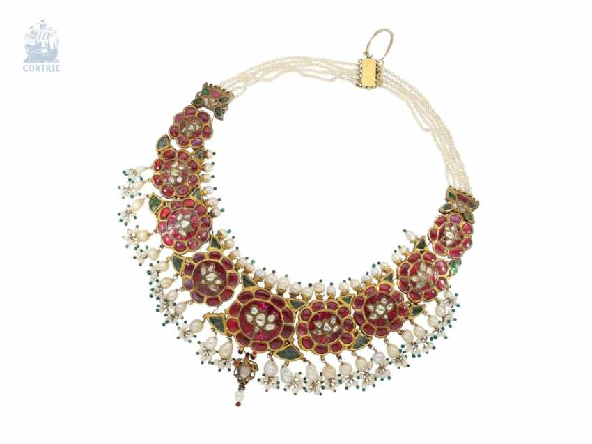 Chain/necklace: antique, very rare Indian wedding jewelry with fine rubies, pearls, emeralds and diamonds, the reverse enamelled side, probably 1.Half of the 20. Century. - photo 3