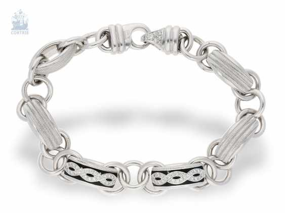 Strap / bracelet: extremely luxurious, heavy-weight and high-quality design bracelet, decorative gold wrought manufacture from the house of Wellendorff, crafted in 18K white gold - photo 3