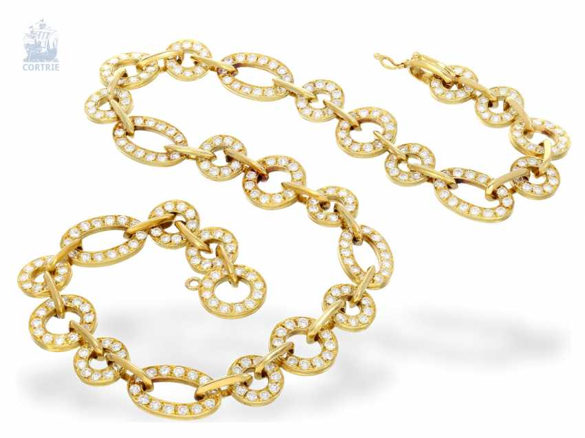 Chain/necklace: intricately crafted, exclusive vintage gold wrought necklace with a rich, brilliant trim, approx. 10ct finest diamonds, hand made,18K yellow gold - photo 1