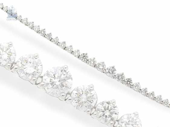 Necklace/Collier: fine, very high quality and elegant Rieviere-brilliant diamonds, approx. 8,25 ct brilliant top class, formerly very expensive crafted from 18K white gold - photo 1