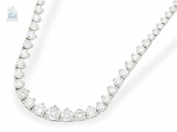 Necklace/Collier: fine, very high quality and elegant Rieviere-brilliant diamonds, approx. 8,25 ct brilliant top class, formerly very expensive crafted from 18K white gold - photo 2