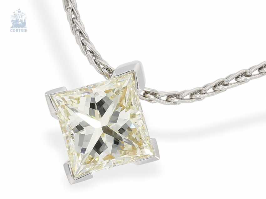 Chain/necklace: fine chain necklace with high quality, modern diamond pendant in platinum and 18K yellow gold, large, diamond in Princess-Cut approx. a 2.2 ct, including advice - photo 1