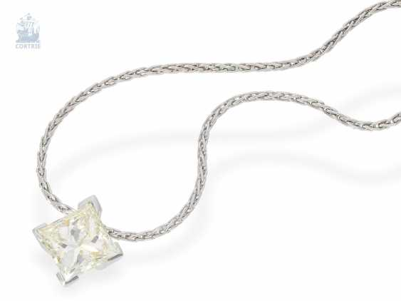 Chain/necklace: fine chain necklace with high quality, modern diamond pendant in platinum and 18K yellow gold, large, diamond in Princess-Cut approx. a 2.2 ct, including advice - photo 2