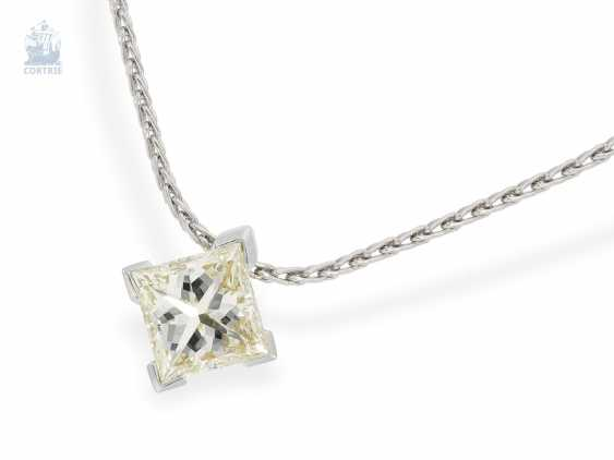 Chain/necklace: fine chain necklace with high quality, modern diamond pendant in platinum and 18K yellow gold, large, diamond in Princess-Cut approx. a 2.2 ct, including advice - photo 3
