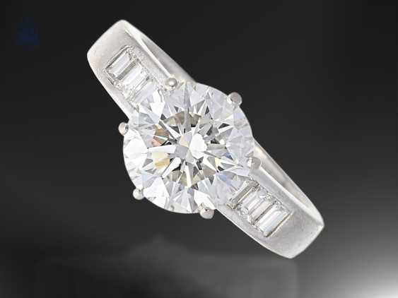 Ring: white gold, very high quality brilliant gold wrought ring, 4,08 ct - photo 1