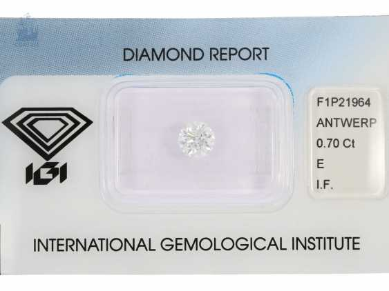 Brilliant: high-grade system-diamond in top quality, 0,7 ct, River E, loupe clean, including the IGI Report - photo 1