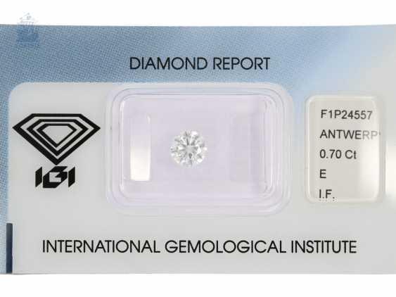 Brilliant: a rare investment diamond in top quality, 0,7 ct, River E, loupe clean, including the IGI Report - photo 1