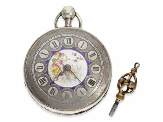 "Pocket watch: attractive silver Spindeluhr with an unusual Repetition and fine enamel painting ""Cupid shoots arrows of Love"", a major Geneva-based watchmaker, Freres Esquivillon No. 1090, CA. 1810 - photo 1"