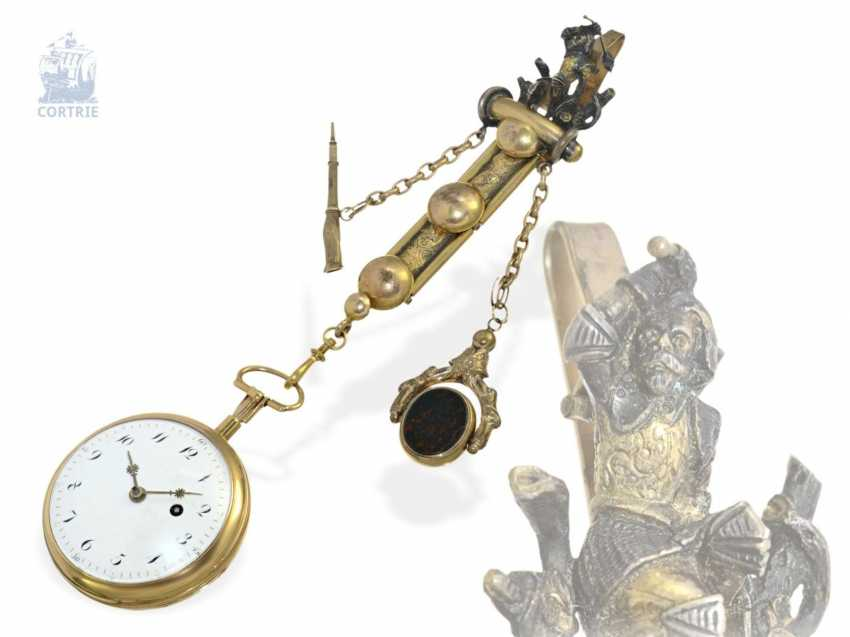 Pocket watch: big 18K Spindeluhr with Repetition on bell and decorative Chatelaine, France around 1800 - photo 1