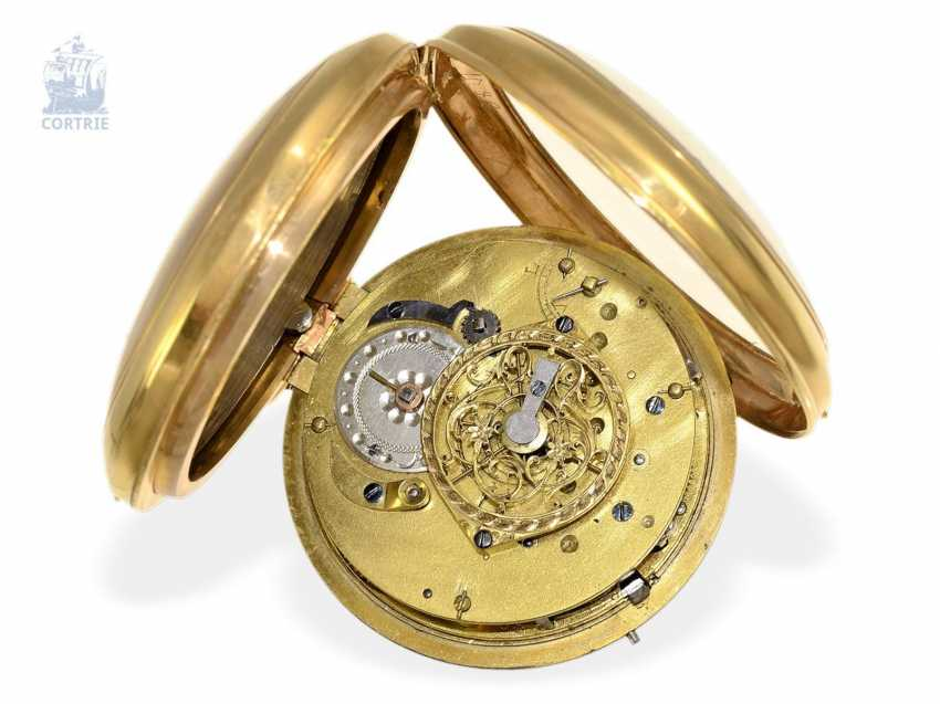 Pocket watch: big 18K Spindeluhr with Repetition on bell and decorative Chatelaine, France around 1800 - photo 4