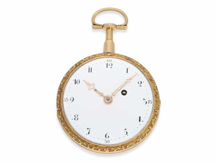 Pocket watch: a magnificent 3-colors-gold watch with strike on bell, excellent original condition, probably Geneva to 1800 - photo 3