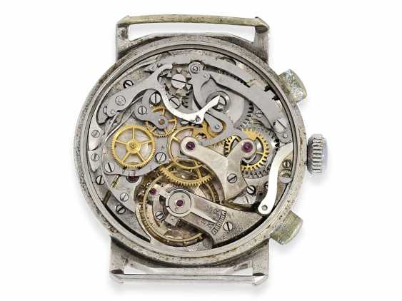 Wrist watch: small, very early and rare Minerva Chronograph watch with oval chronograph pushers, 40s - photo 3