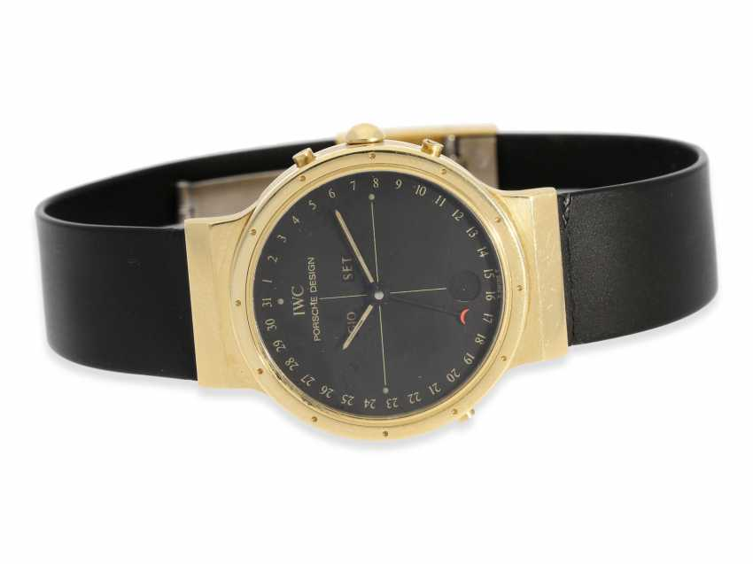 """Watch: luxurious and sporty astronomical vintage wrist watch, IWC Porsche Design """"ULTRA SPORTIVO CALENDAR"""", with full calendar and moon phase, 18K Gold - photo 1"""